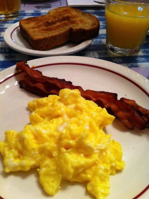 Awesome Breakfast at Edgartown Inn